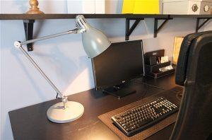Đèn trang trí bàn làm việc AROD