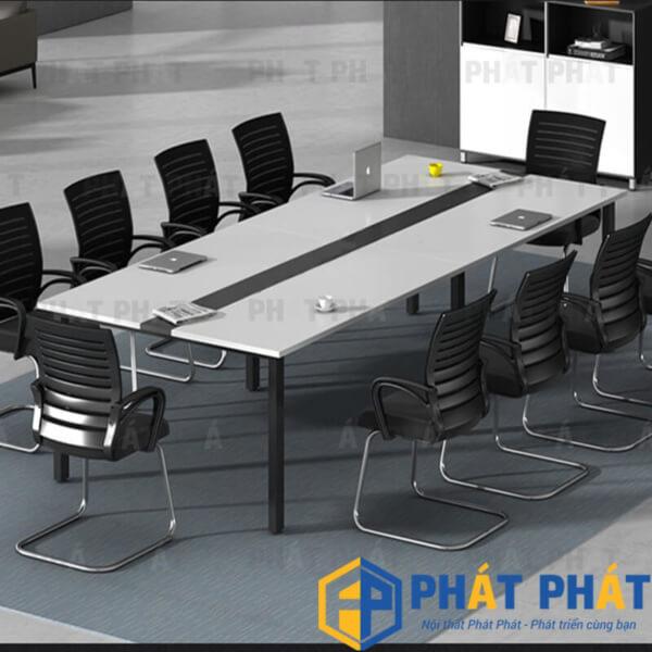 Sử dụng bàn họp chân sắt giá rẻ cho không gian văn phòng hiện đại